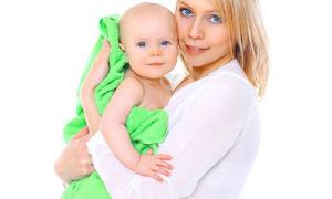 Как организовать первое купание новорожденного ребенка?