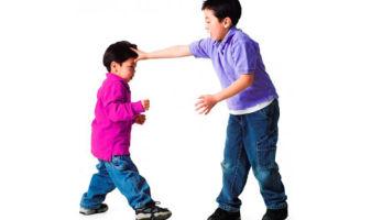 Как правильно реагировать, когда обижают твоего ребенка?