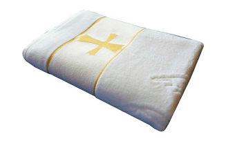 Как выбрать крестильный набор для девочки с полотенцем?