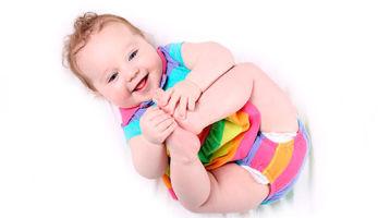 Чем лечить опрелости на коже у новорожденных?