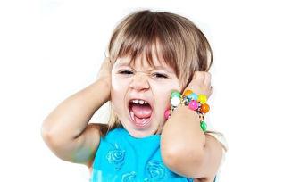От чего ребенок 6 лет закатывает истерики?