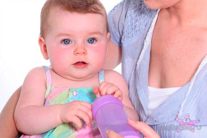 Икота у новорожденного причины