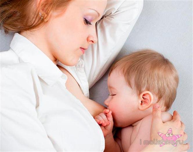 Кормление и режим дня новорожденного