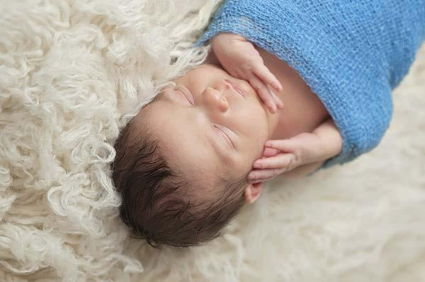 uhod-za-novorojdennim-malchikom-2