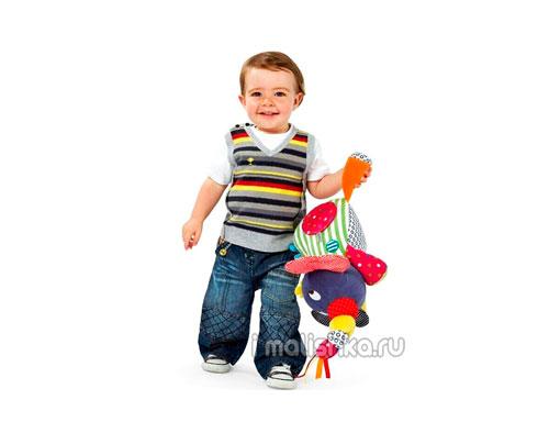 Развитие ребенка в 1 год и 11 месяцев жизни