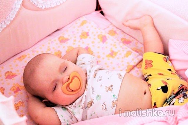 Когда можно перестать пеленать ребёнка?