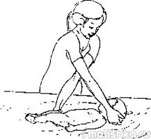 gimnastika-v-vode-uprazhnenie-na-spine-1