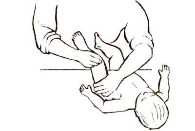 obshiy-massazh-yprazhnenie-nogi-1